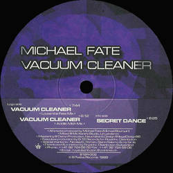 Vacuum cleaner by Michael Fate